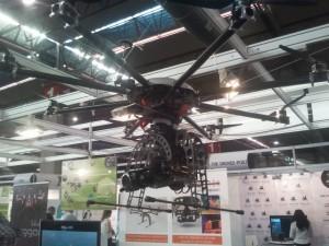 drone_colgado1